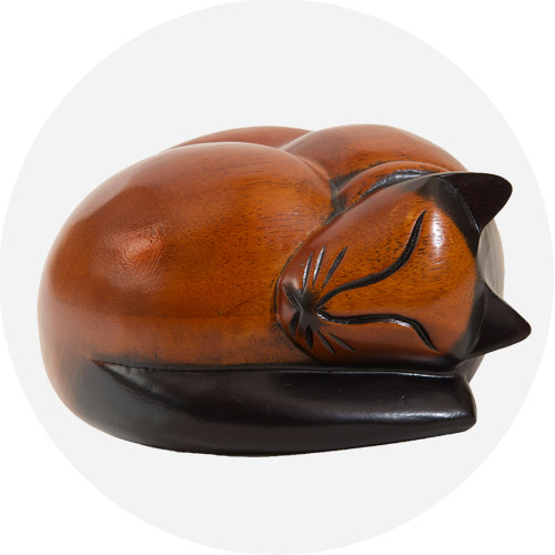 Keep Your Cat S Ashes Safe In A Wooden Sleeping Cat Casket
